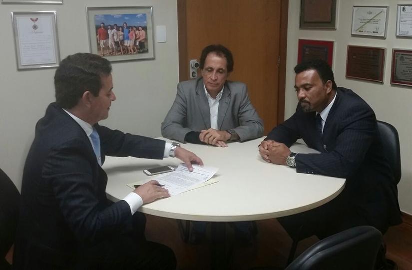 Reunião deputado Leonídio Bouças