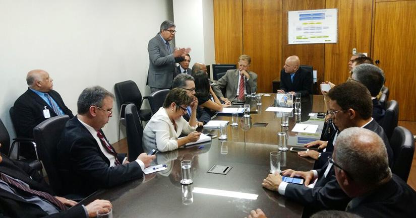 Cobrapol em reunião na Previdência Social